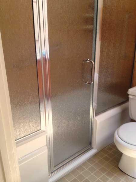 Notch Cut E\\Z Step Tub to Shower Conversion | Senior SAFETYPro